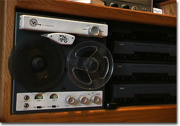 picture of Viking 76 reel tape recorder with VHS duplicators